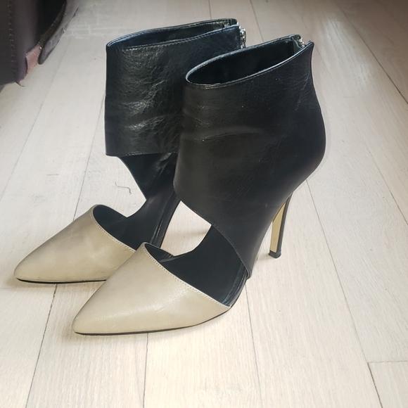 Black/Beige Leather Heels